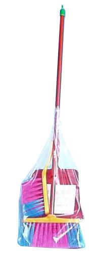Klein Uklízečka 2 smetáky a lopatka