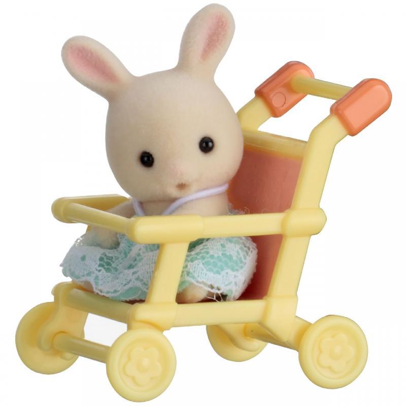 SYLVANIAN FAMILY Baby příslušenství - králík v kočárku