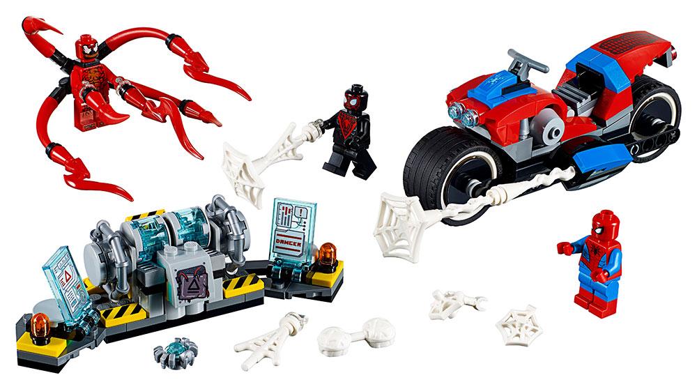 LEGO SUPER HEROES 2276113 Spider-Man a záchrana na motorce - poškozený obal
