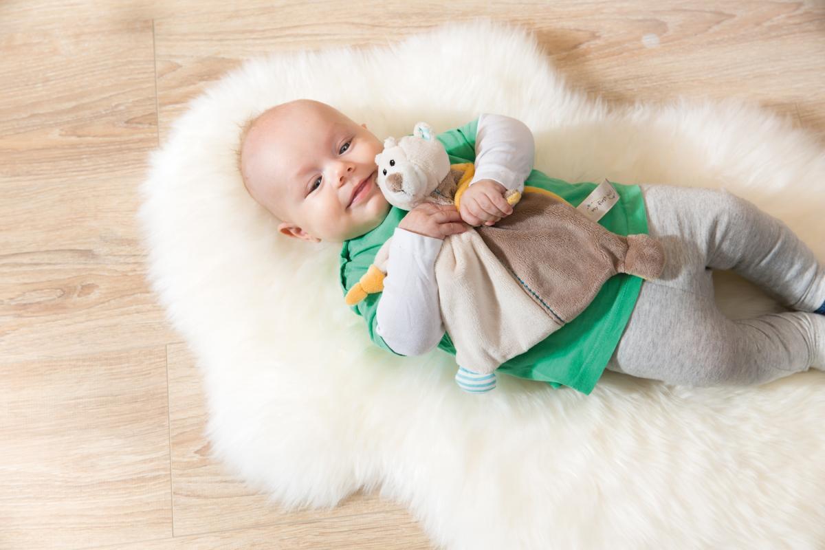 NICI - Mazlící dečka medvídek hnědý