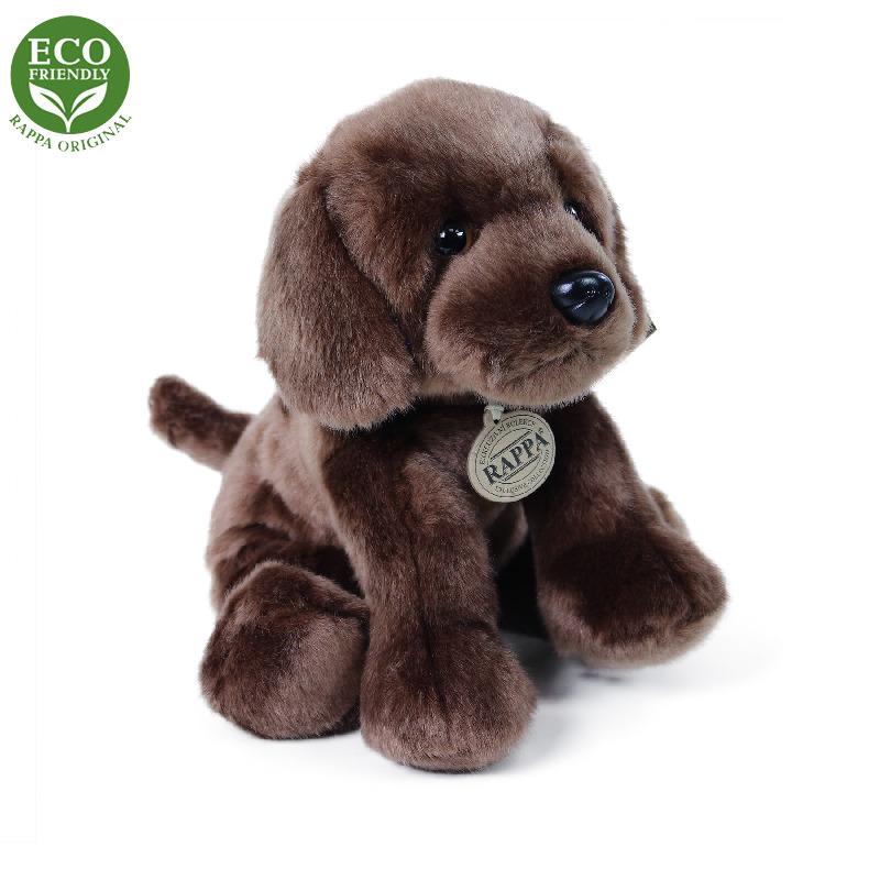 RAPPA Plyšový pes labrador sedící 26 cm ECO-FRIENDLY