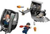 LEGO 76009 Super Heroes Superman: Únik z Black Zero