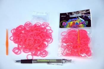 Udělej si svůj náramek - gumičky 250ks růžové s doplňky v sáčku
