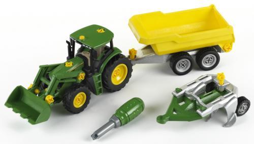 John Deere Traktor se sklápěcím přívěsem a pluhem