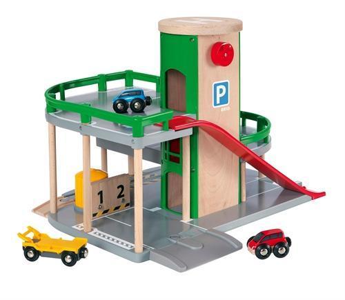 Patrové parkovací garáže s výtahem