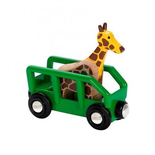 Žirafa ve vagónu
