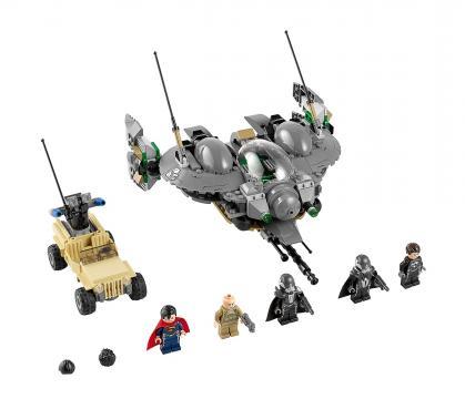 LEGO 76003 Super Heroes Superman: Bitva o Smallville